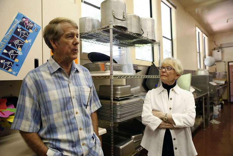 Former TV personalities Ross McGowan and Ann Fraser, at Healdsburg Elementary, where McGowan runs a meal program. Photo: Michael Short, The Chronicle