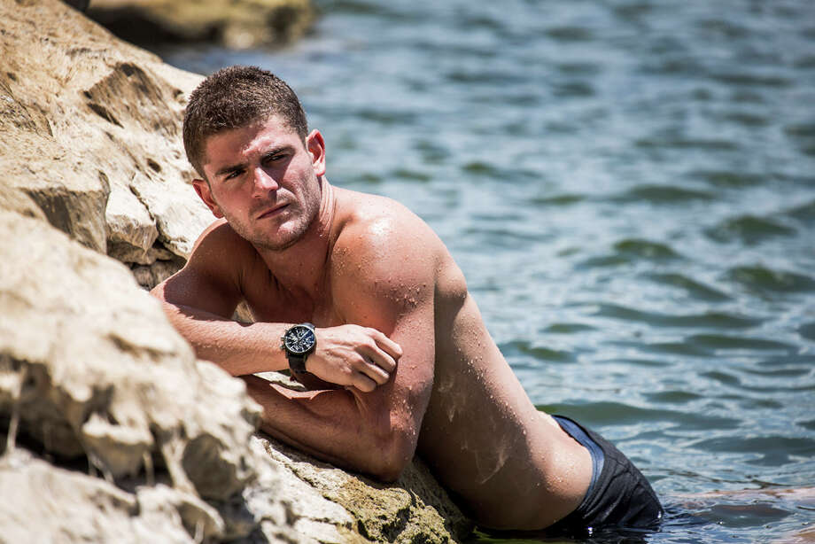 David Colturi of the USA at Hells Gate prior to the second training session of the second stop of the Red Bull Cliff Diving World Series on June 6, 2014 in Possum Kingdom Lake, Texas. Photo: Handout, Red Bull Via Getty Images / 2014 Red Bull