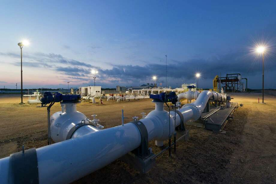 An Eagle Ford gathering station was among the properties Kinder Morgan gained in the Copano deal.