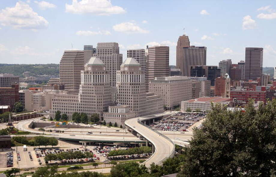 No. 3: Cincinnati, OhioRecreational Activities rank: 2Food & Entertainment rank: 13Rest & Relaxation rank: 20Weather rank: 33 Photo: Scott Olson, Getty Images / 2008 Getty Images