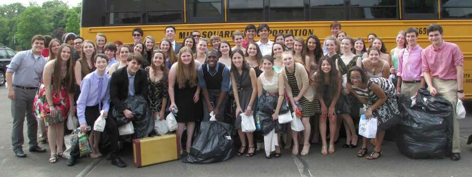 New Canaan High School Theatre members get ready to board the bus to attend the Halo Awards in Waterbury. Photo: Contributed Photo, Contributed / New Canaan News Contributed