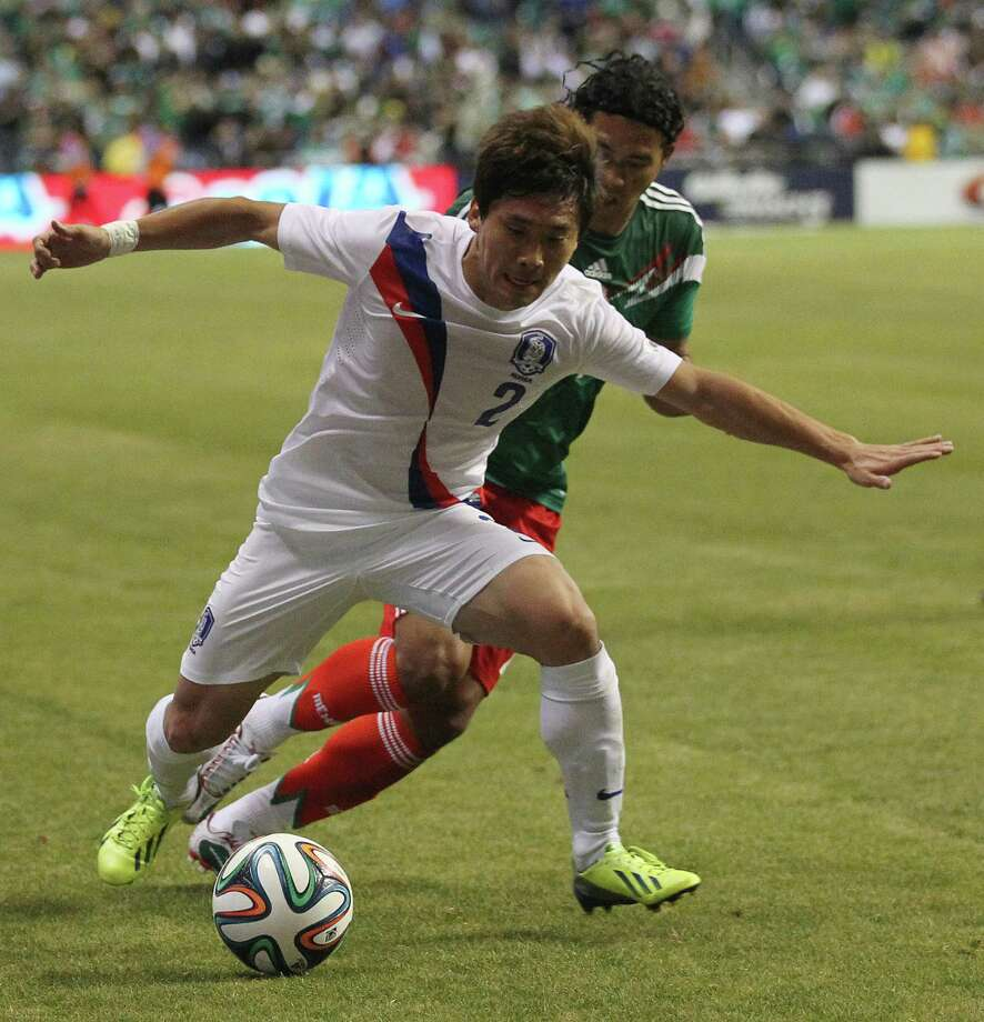 "It might be the most popular sport in the world, but soccer also is characterized by the constant ""flops"" by some of the teams. Here's the top: 10. Korea Republic: After its first two games the Koreans faked 10 injuries and wasted a total of 4 minutes, 31 seconds. Photo: Jerry Lara, Express News / ©2013 San Antonio Express-News"