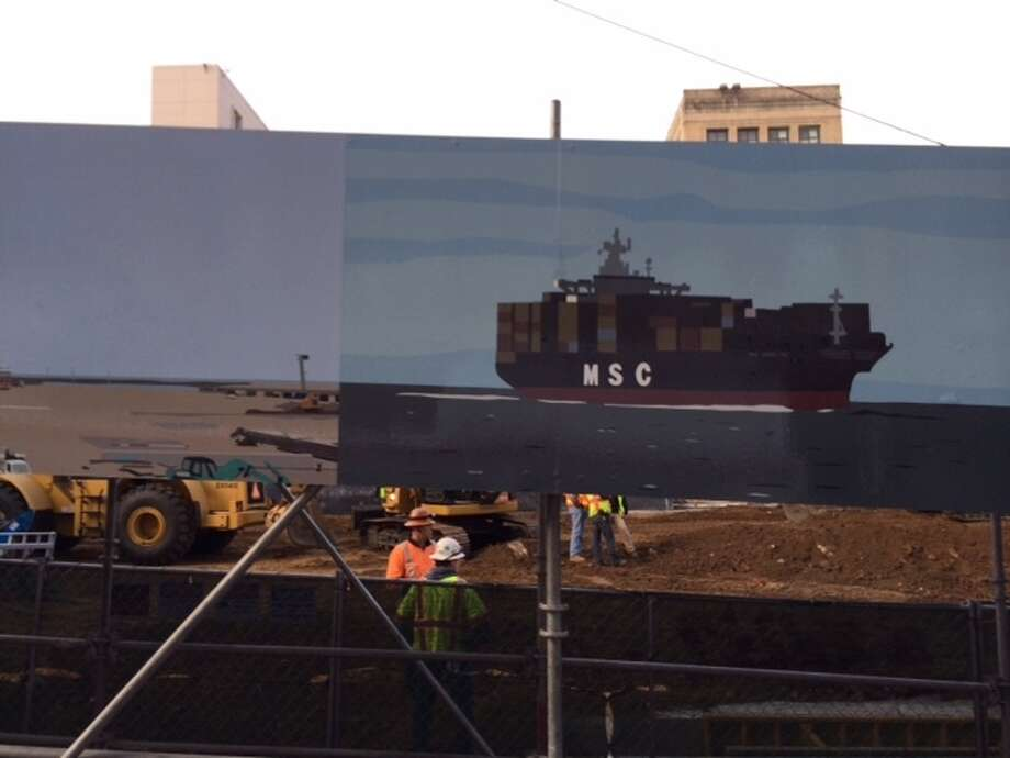 "The mural ""Panorama"" by Kota Ezawa as viewed in sequence from an inbound  45-Union trolley coach in Chinatown. The Chronicle/Sam Whiting"
