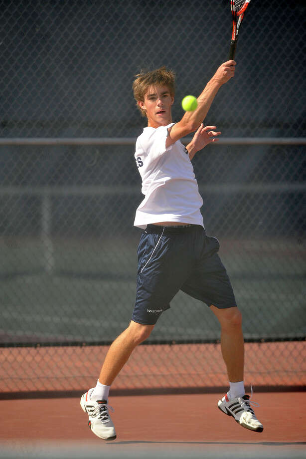 Staples' Luke Foreman advanced to the State Open final by defeating Ari Cepelewitz, of Greenwich 6-7, 7-6, 7-6 on Tuesday in the semifinals. Photo: Jason Rearick / Stamford Advocate