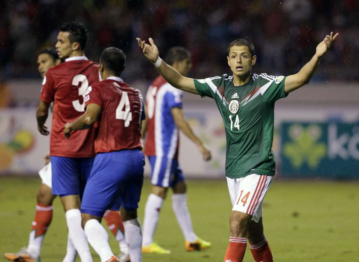 GROUP A Mexico Population: 120 million | FIFA rank: 20 | Key player: Javier Hernandez (forward) World Cup appearances: 14 | Best finish: 6 (2x, last in 1986) | Odds to win: 125/1 Notes: Known as El Tri, the Mexicans played with fighting spirit through an up-and-down qualifying slate. Is this the year Mexico shines?