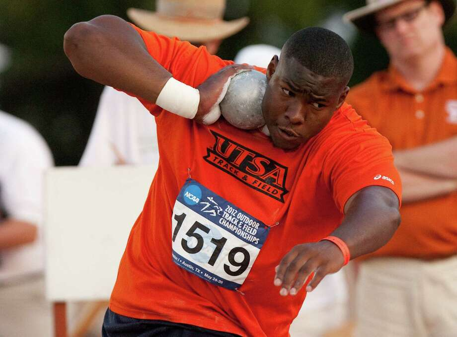 Richard Garrett Jr. appeared headed to play NAIA football before landing on the Roadrunners' track and field squad. Photo: Courtesy Photo