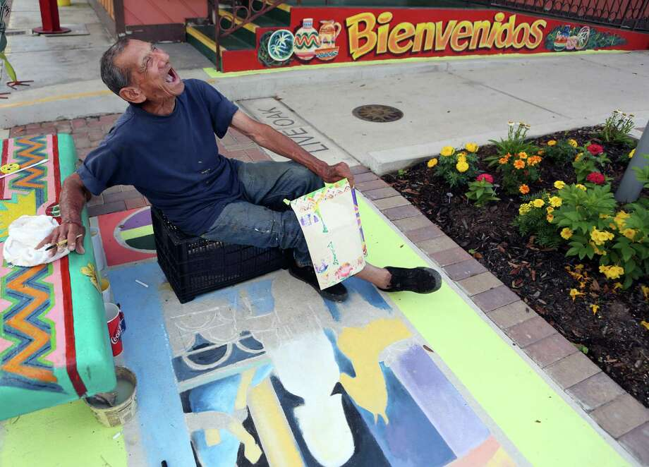 In June, Salgaña sketched a painting outside Doña María. Photo: Mayra Beltran / © 2014 Houston Chronicle