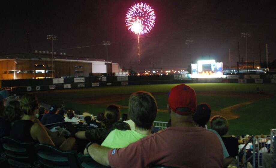 Bluefish Fireworks Extravaganza will be held at The Ballpark at Harbor Yard on Saturday home games through the end of the season.