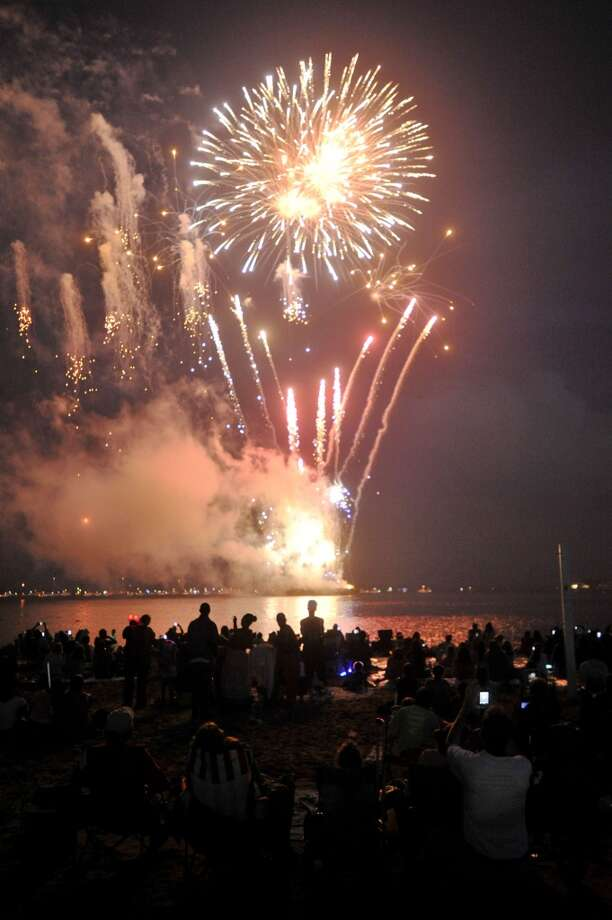 UPDATE: Threat of storms has moved Stamford's fireworks at Stamford Harbor to Saturday, July 5. Photo: Jason Rearick