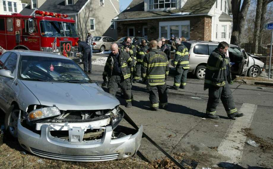FILE: A report found is that drivers in Bridgeport find themselves in car crashes once every 6.7 years, a likelihood 49.8 percent greater than the national average of 10 years between crashes. Photo: Phil Noel / Connecticut Post