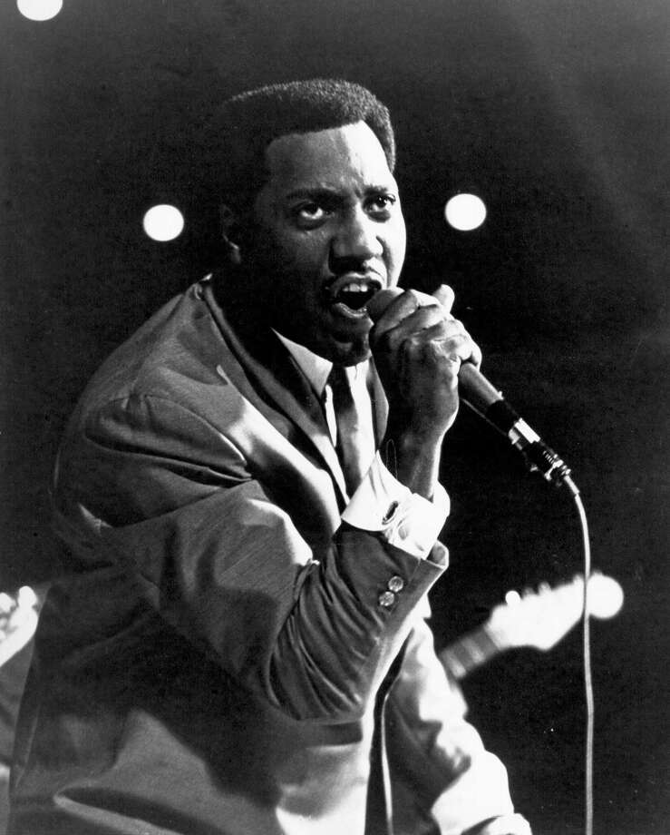 Soul singer Otis Redding performs onstage at the Monterey International Pop Festival on June 17, 1967 in Monterey, California. Photo: Michael Ochs Archives, Getty / Michael Ochs Archives