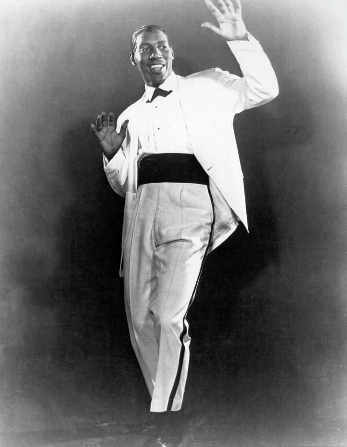 """Otis Redding, who typified the Stax sound, a competitor to Motown, had a  short career but it bore more timeless classics than many artists with a  halftime twice as long could ever hope to make. Among his most notable  works, """"Pain in my Heart"""" (1964), """"(Sittin' On) The Dock of the Bay""""  (1967), and """"Respect"""" (1965) have stood the test of time.  Photo: Michael Ochs Archives, Getty / Michael Ochs Archives"""