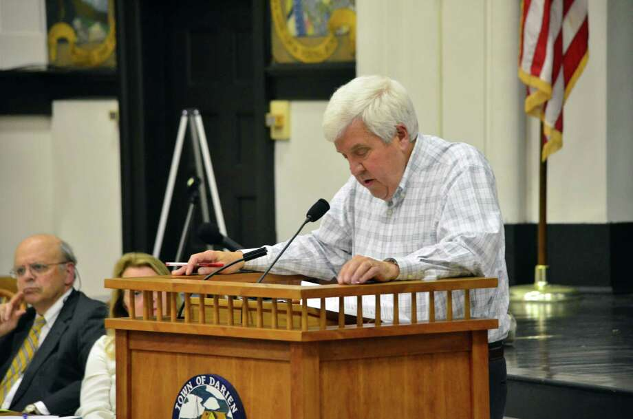 Paul Settelmeyer, of the South Western Regional Planning Agency and the Greenwich Representative Town Meeting, spoke about the Council of Governments at the June 9 RTM meeting at Darien Town Hall. Photo: Megan Spicer / Darien News
