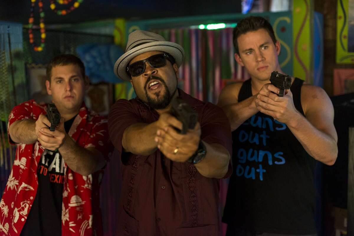 Schmidt (HILL) and Jenko (TATUM) with Dickson (ICE CUBE) confront the bad guys at Gringo Pendejo's