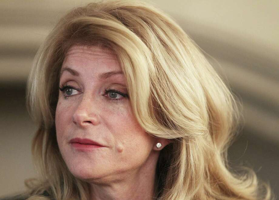Texas Democratic gubernatorial candidate Wendy Davis is getting a new campaign manager. Photo: Kin Man Hui / San Antonio Express News / © 2011 San Antonio Express-News