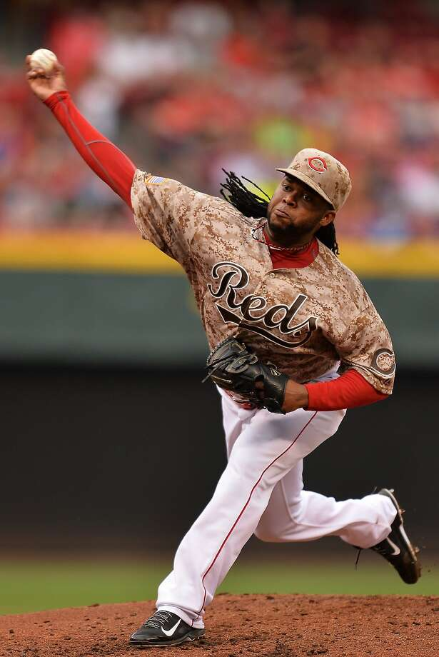 CINCINNATI, OH - JUNE 11:  Pitcher Johnny Cueto #47 of the Cincinnati Reds pitches in the second inning against the Los Angeles Dodgers at Great American Ball Park on June 11, 2014 in Cincinnati, Ohio.  (Photo by Jamie Sabau/Getty Images) Photo: Jamie Sabau, Getty Images
