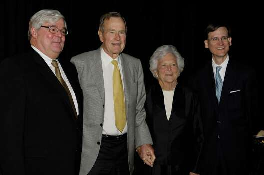 Honoree Pete Miller Jr. ,left, former President George Bush, Barbara Bush, and chairman J. R. Sult, right,  at the Boys And Girls Country Gala in 2008. Photo: Melissa Phillip, Staff / Houston Chronicle