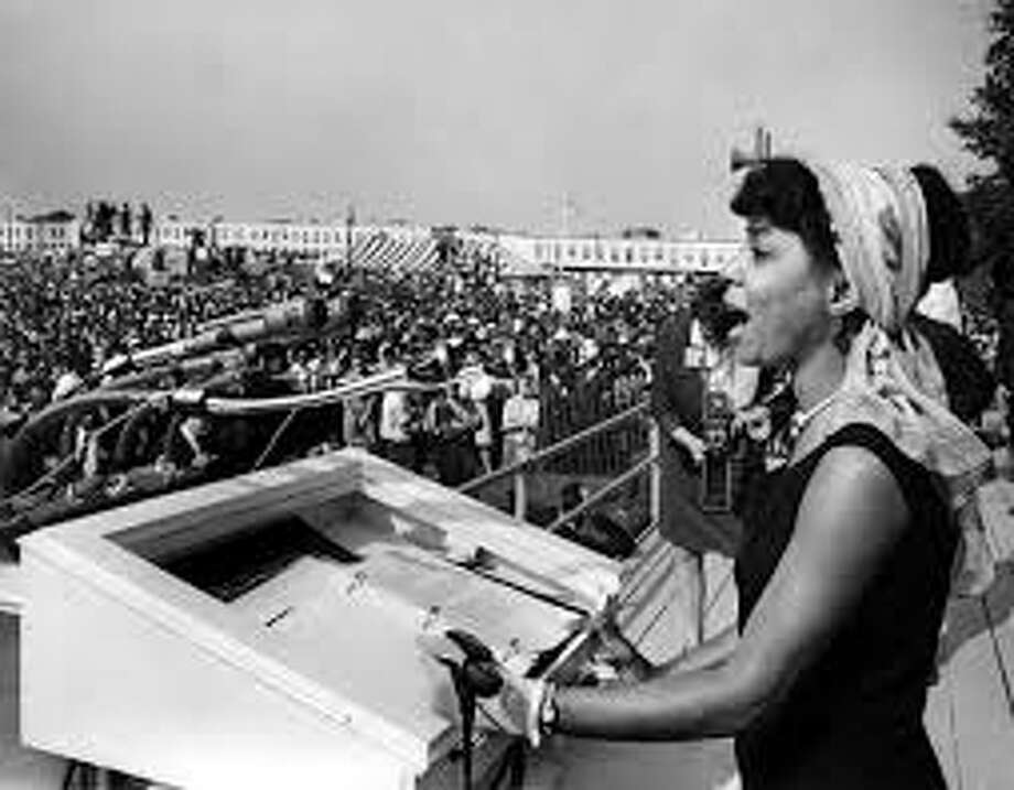 Ruby Dee speaking at the 1963 March on Washington