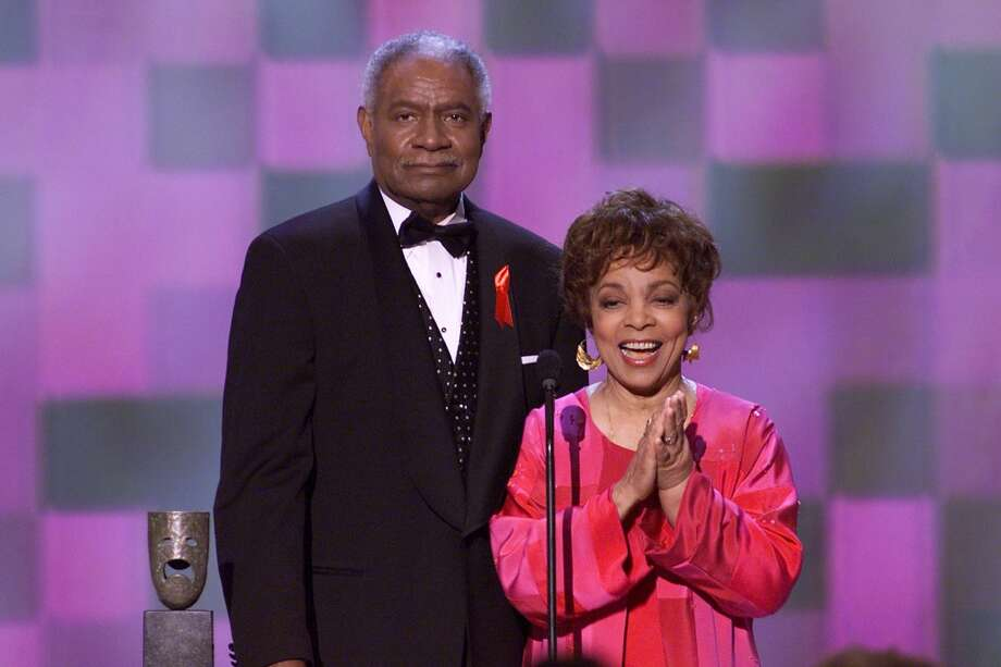 Ossie Davis and Ruby Dee accept the Screen Actors Guild 37th Annual Life Achievement Award. Photo: Frank Micelotta, Frank Micelotta/ImageDirect