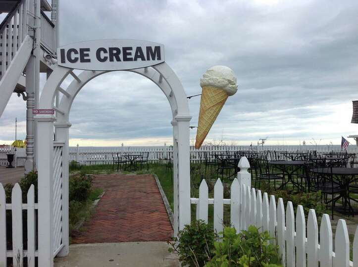 Block Island isn't a particularly well-known tourist attraction, but it offers all the right ameniti
