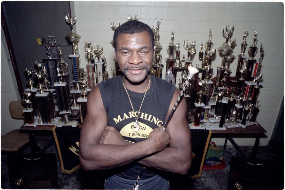 Calvin Murphy, shown on Jan. 4, 1986, ran a twirling school at 3531 Wheeler for underprivileged youngsters. Photo: LARRY REESE, HOUSTON CHRONICLE