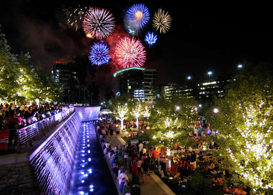 This year, the Red, Hot and Blue Fireworks Extravaganza in The Woodlands will be launched simultaneously from Town Green Park and Waterway Square.