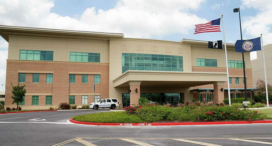 The VA Health Care Center in Harlingen ranks high on the list of facilities with the longest average waits for new patients seeking medical care, an audit reveals. Photo: David Pike / Associated Press / Valley Morning Star