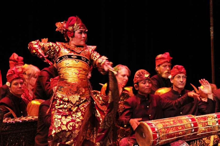 Bay Area ensemble Gamelan Sekar Jaya opened the evening with 10 minutes' worth of enchanting music and dance. Photo: Sara Gambina Belknap