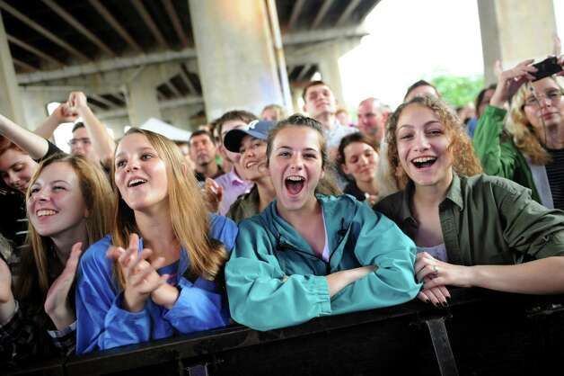 Music fans cheer for Fitz and the Tantrums during Alive at Five on Thursday, June 12, 2014, at the Corning Preserve Boat Launch in Albany, N.Y. (Cindy Schultz / Times Union) Photo: Cindy Schultz / 00027189A