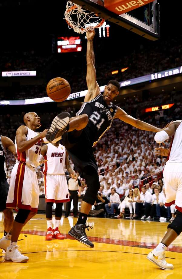 Game 4: Spurs 107, Heat 86 Spurs lead series 3-1  Tim Duncan dunks against during Game 4 of the 2014 NBA Finals. Photo: Andy Lyons, Getty Images