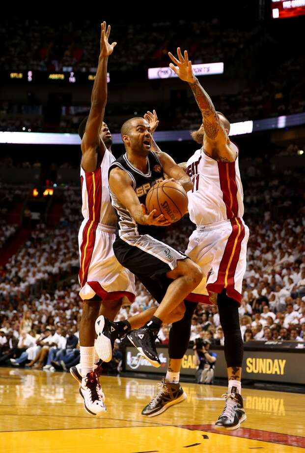 Tony Parker goes to the basket against Chris Andersen during Game 4 of the 2014 NBA Finals. Photo: Andy Lyons, Getty Images
