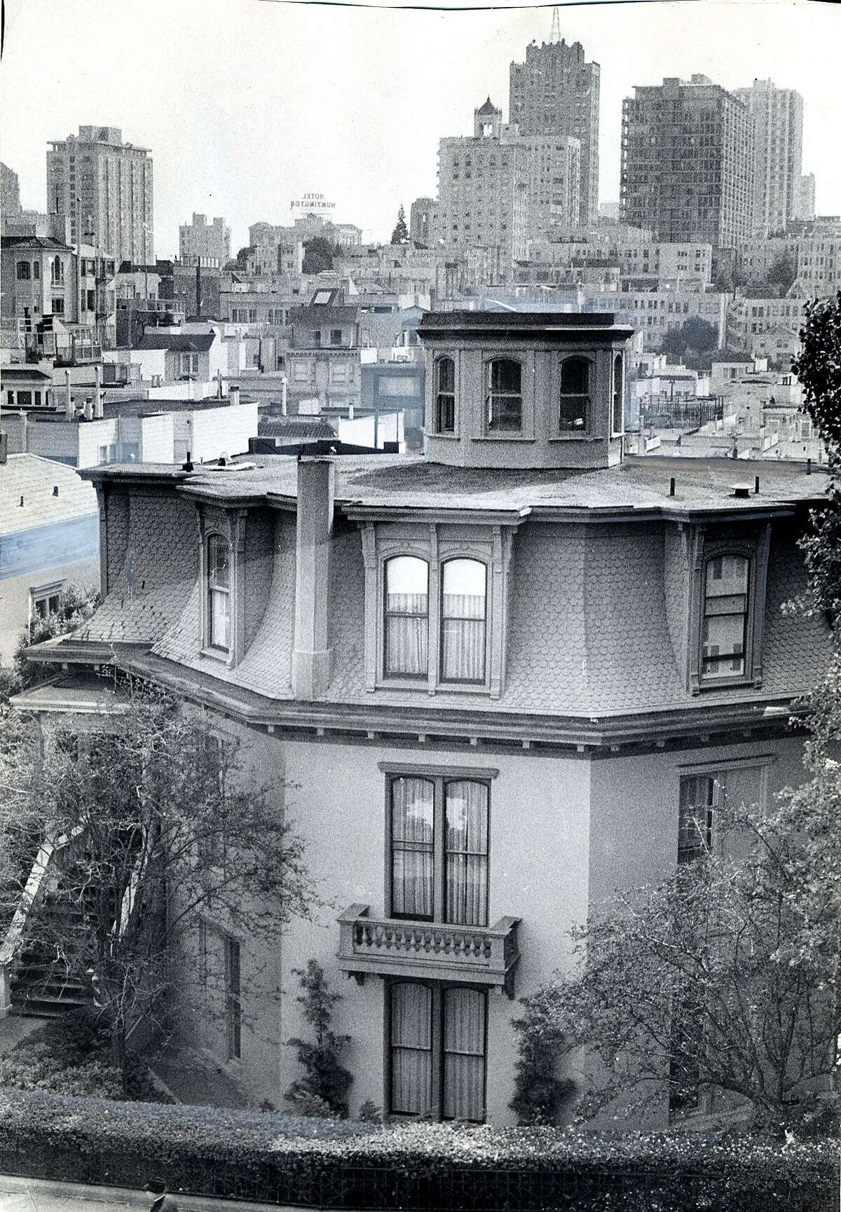 The Octagon House at 1067 Green Street photographed in 1970, Ran on: 11-19-2004 The Octagon House, believed to be the oldest house in the city, was purchased by Donald Houghton 50 years ago this week. Ran on: 11-19-2004 The Octagon House, believed to be the oldest house in the city, was purchased by Donald Houghton 50 years ago this week.