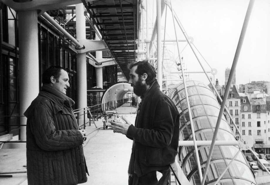 Richard Rodgers, British architect, and Renzo Piano, Italian architect, on the construction site of the Centre Georges Pompidou. Paris, on January 19, 1977. Photo: Roger Viollet, Various / Jean Pierre Couderc / Roger Viollet