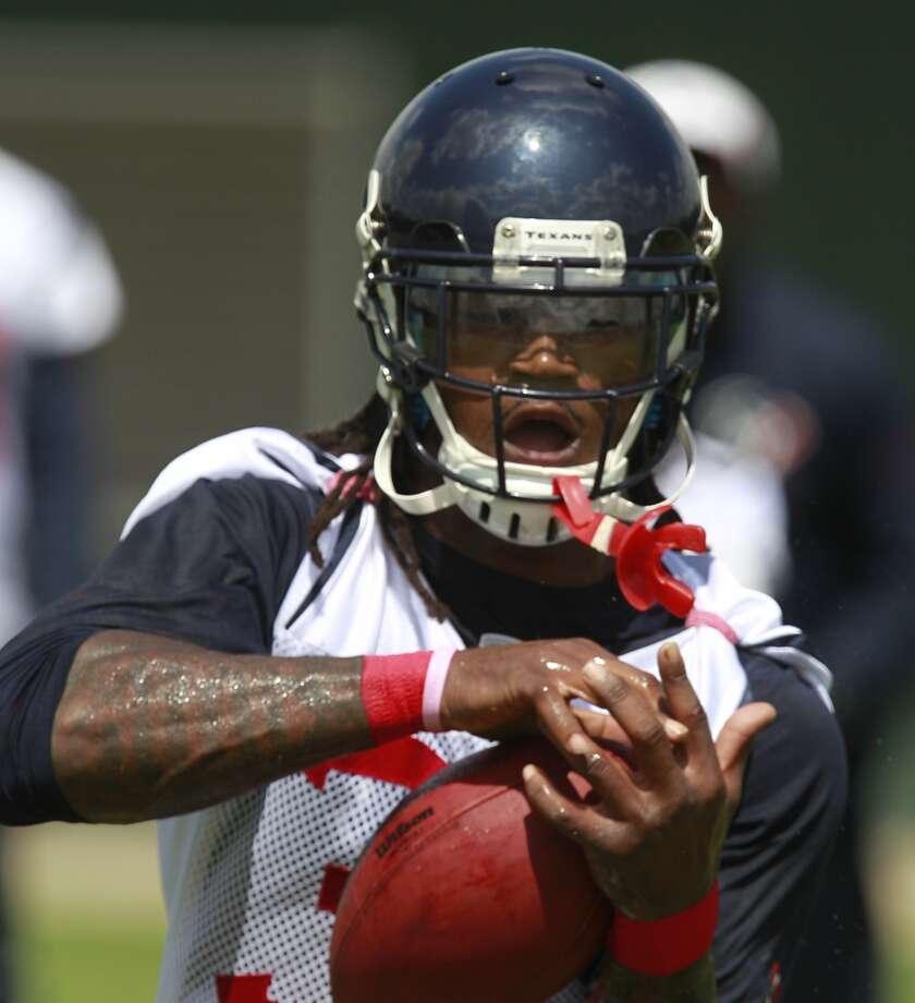 D.J. Swearinger (36) makes a catch. Photo: Melissa Phillip, Houston Chronicle