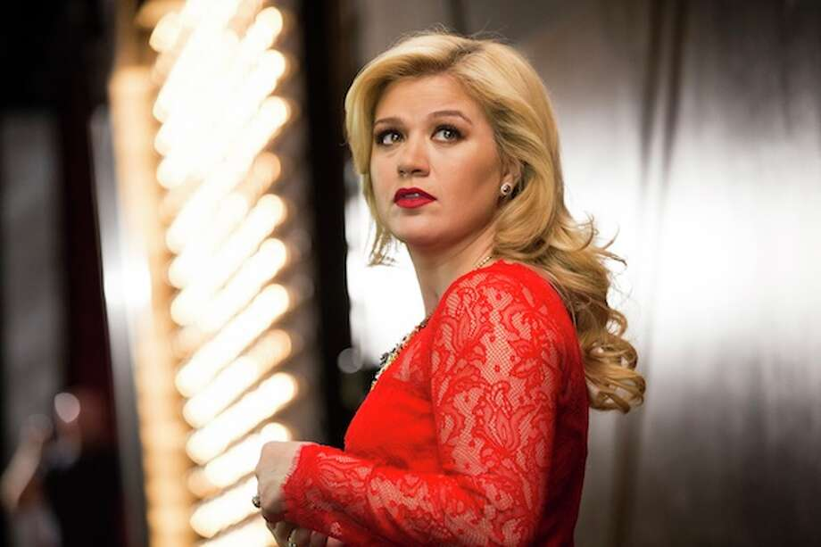 KELLY CLARKSON'S CAUTIONARY CHRISTMAS MUSIC TALE -- Pictured: Kelly Clarkson -- Photo: NBC/NBCU Photo Bank / 2013 NBCUniversal Media, LLC