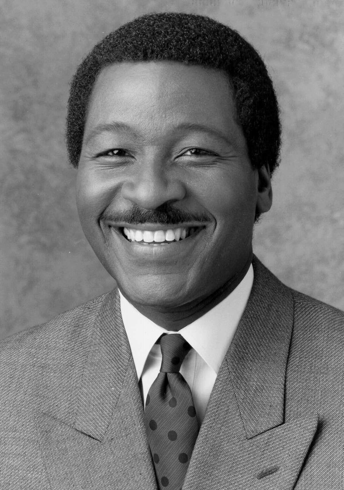 Steve Pool, Seattle area TV meteorologist--B/W only 1997