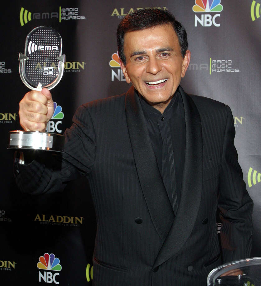 FILE - In this Oct. 27, 2003 file photo, Casey Kasem poses for photographers after receiving the Radio Icon award during The 2003 Radio Music Awards at the Aladdin Resort and Casino in Las Vegas. Kasem, the smooth-voiced radio broadcaster who became the king of the top 40 countdown, died Sunday, June 15, 2014, according to Danny Deraney, publicist for Kasem's daughter, Kerri. He was 82. (AP Photo/Eric Jamison, file) ORG XMIT: CAET203 Photo: ERIC JAMISON / AP