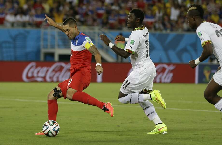 United States' Clint Dempsey shoots and scores the opening goal during the group G World Cup soccer match between Ghana and the United States at the Arena das Dunas in Natal, Brazil, Monday, June 16, 2014. Photo: Ricardo Mazalan, Associated Press