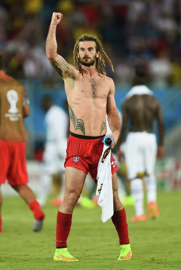 NATAL, BRAZIL - JUNE 16: Kyle Beckerman of the United States acknowledges the fans after defeating Ghana 2-1 during the 2014 FIFA World Cup Brazil Group G match between Ghana and the United States at Estadio das Dunas on June 16, 2014 in Natal, Brazil. Photo: Jamie McDonald, Getty Images / 2014 Getty Images