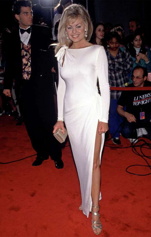 1993Actress Kelly Ripa arrives at the Daytime Emmy Awards. Photo: Steve Allen, Getty / Hulton Archive
