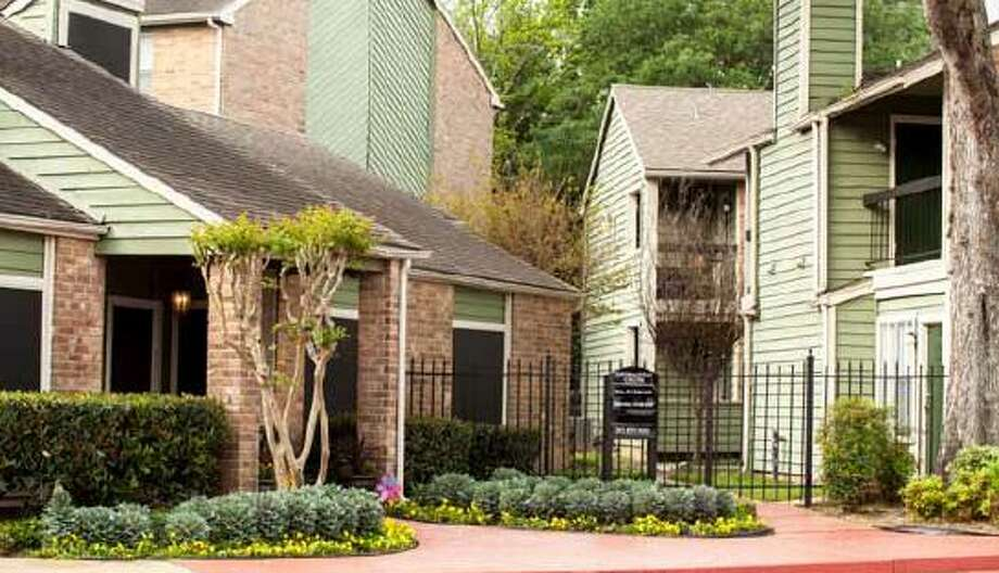 Mosaic Residential purchased the Timberwalk Apartments at 5635 Timber Creek Place Drive. Photo: Berkadia Commercial Mortgage