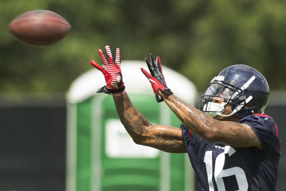 Texans wide receiver Alan Bonner reaches out to make a catch. Photo: Brett Coomer, Houston Chronicle