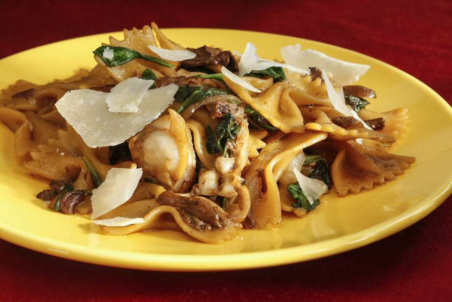 Farfalle With Manila Clams, Porcini & Stridoli Photo: Craig Lee, Special To The Chronicle