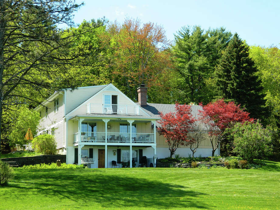 House of the Week: 187 Bullock Rd., Slingerlands |   Realtor:  Lisa Wloch and Mark Burlingame of CM Fox Real Estate |   Discuss: Talk about this house Photo: Courtesy Photo