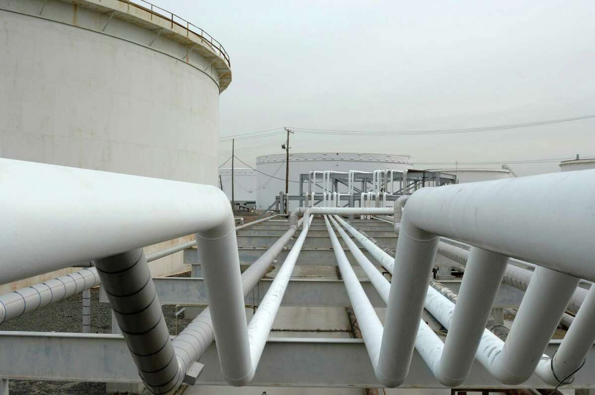 Segregated intra-terminal pipelines at a Buckeye Partners terminal facility.