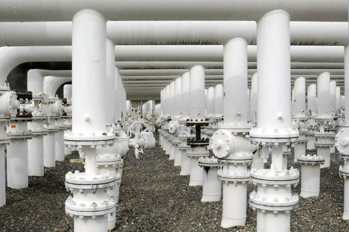 Petroleum products manifold at a Buckeye Partners terminal facility.