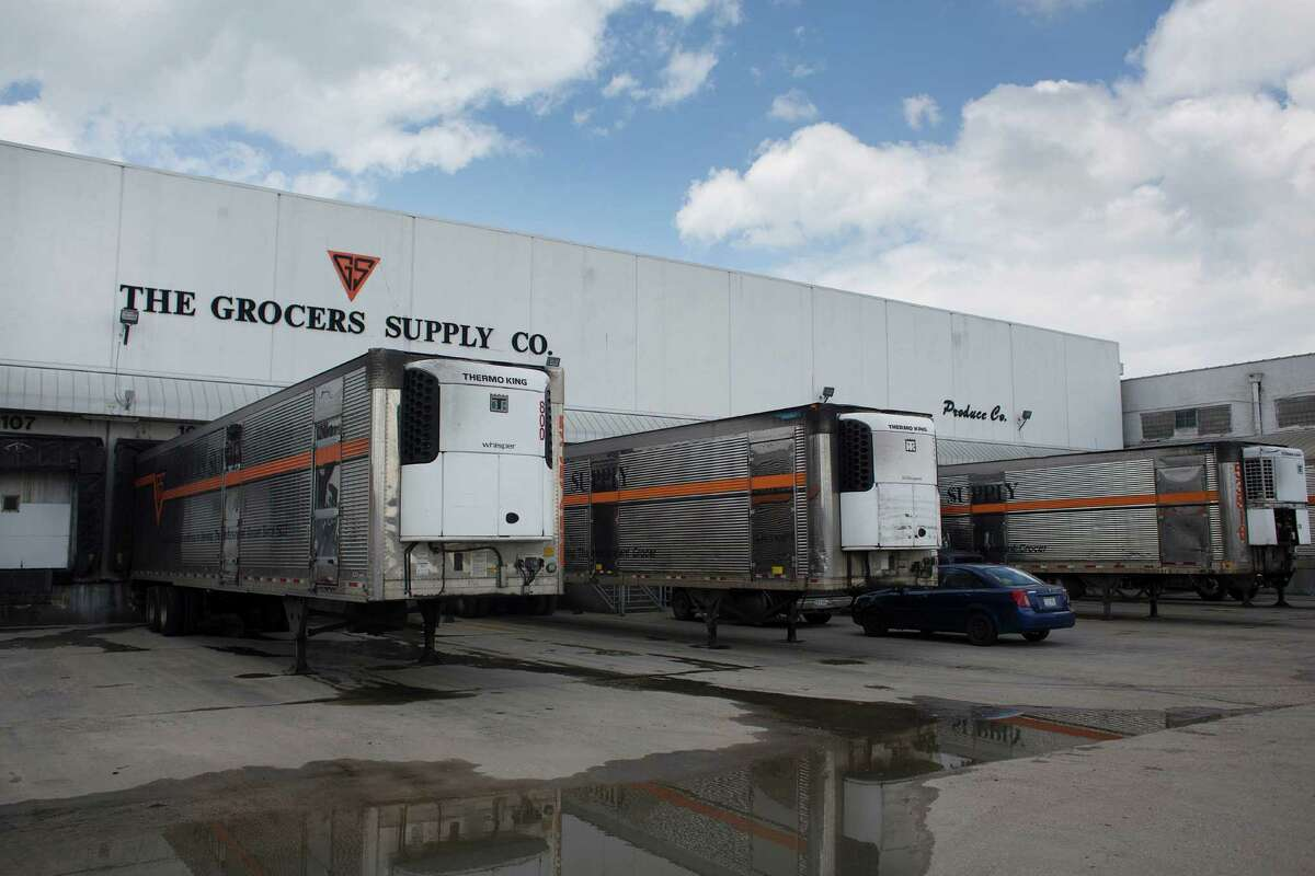 Grocers Supply Company's near-west warehouse and distribution facility Wednesday, May 28, 2014, in Houston. Grocers Supply struck a deal with C&S Wholesale Grocers to sell its wholesale distribution business.. ( Johnny Hanson / Houston Chronicle )