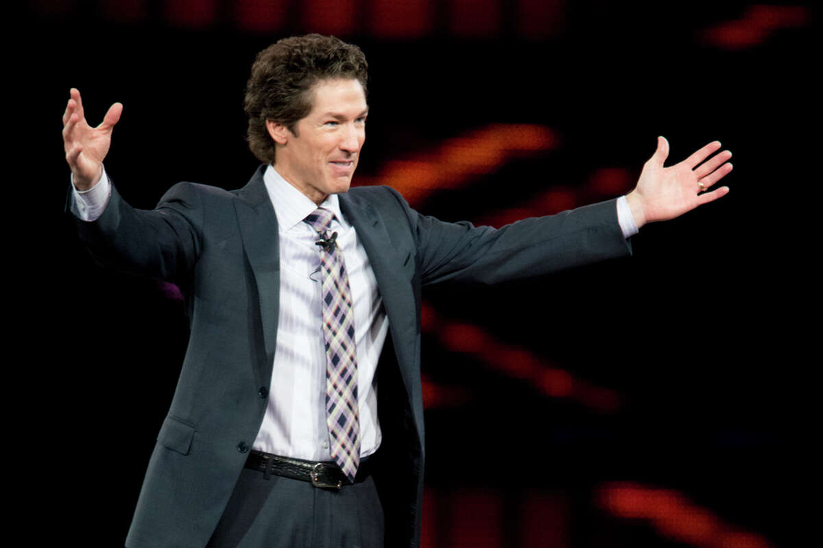 Lakewood Church pastor Joel Osteen: By the numbers Business blogger Brandon Gaille has assembled a nifty graphic breaking down how Houston megachurch pastor Joel Osteen of Lakewood Church rose to become one of the most influential Christians in America today. Some of the more interesting factoids include: