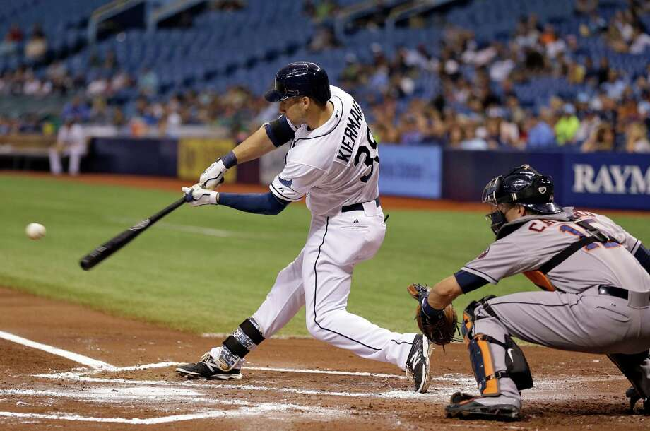 Kevin Kiermaier had the first of the Rays' back-to-back home runs in the seventh inning Thursday night, hitting a two-run homer before Evan Longoria went deep on the next pitch. Photo: Chris O'Meara, STF / AP