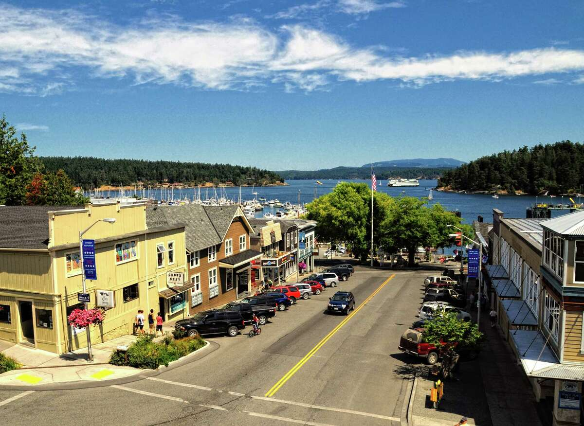 San Juan Island's lovely Friday Harbor, with its shops, art galleries and restaurants, is the largest town in the San Juan Islands archipelago.